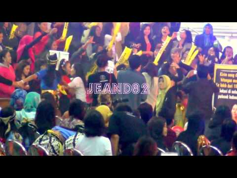 SUARA EMAS ~DEMY LIVE IN HONGKONG (JEAND82)