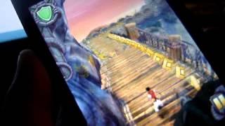 где скачать взломанную версию subway surfes и temple run2