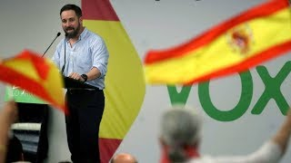 Vox estalla al quedarse con las sobras del PP y rompe el pacto de Madrid