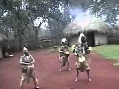Kikuyu Dancers Clip thumbnail