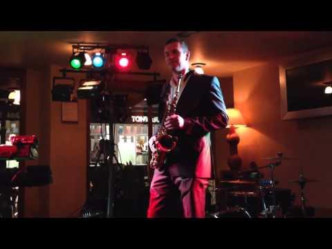 Ian Thompson solo sax live 2014