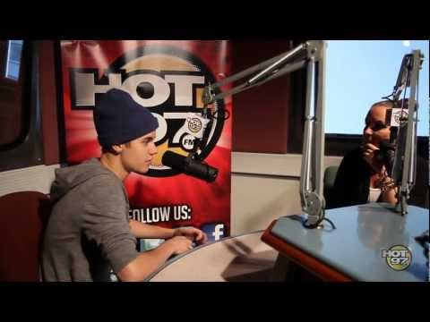 The Biebs A Hip Hop Head? Justin Bieber Spits Some Biggie & Tupac Lines!