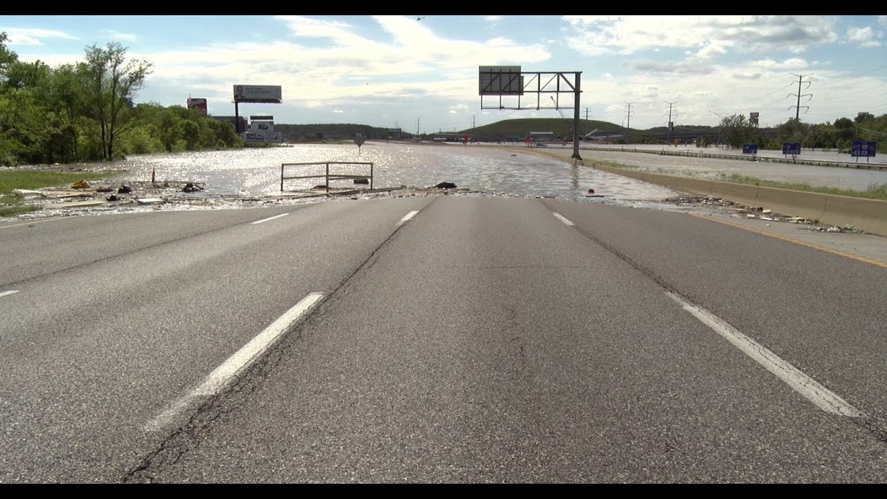 Interstate 44 underwater in St. Louis from rising Meramec River - May 2, 2017