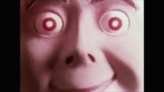 Four Flies on Grey Velvet (1971) - Trailer