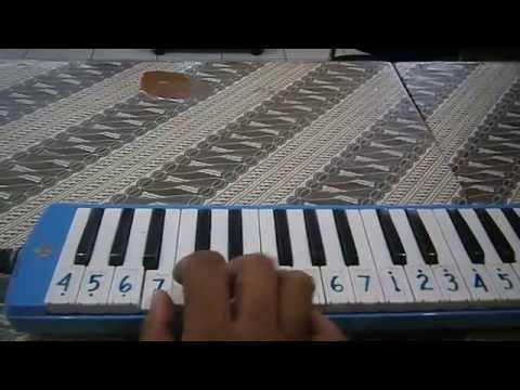 BERKIBARLAH BENDERAKU    Pianika