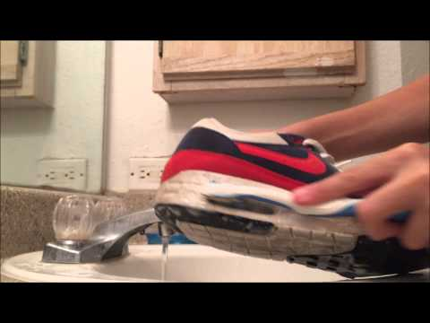 Nike Air Max 90 Cleaning & Restoration