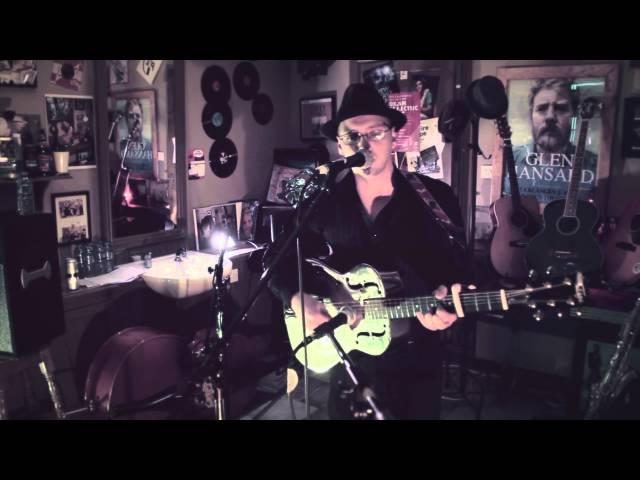 Abner Brown - Johnny Cash cover Live in Abner Brown's Barber shop