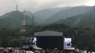 inspacejp  横山 健   Ken Yokoyama  放送禁止用語あり。フジロック2017  グリーンステージ 横山健 検索動画 9