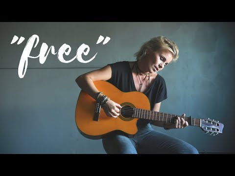 Free - Lisa Halling + Button (Live Recording)