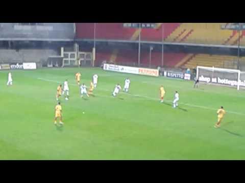 Benevento -  Brescia  (goal Puscas)
