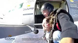 SKYDIVING FOR THE FIRST TIME at GoJump Oceanside (Seek Discomfort)