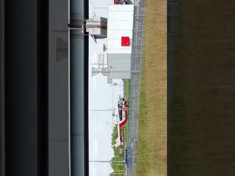 На мкаде дмитровское шоссе напротив рио. Крупная авария прилетел вертолёт скорой помощи.