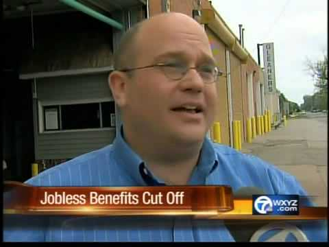 Food banks hit by battle over unemployment benefits