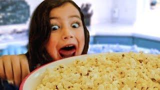 Zoey Zoey Si papa (Como Johny Johny si Papa pero con Zoey) | Las Mejores Canciones Infantiles