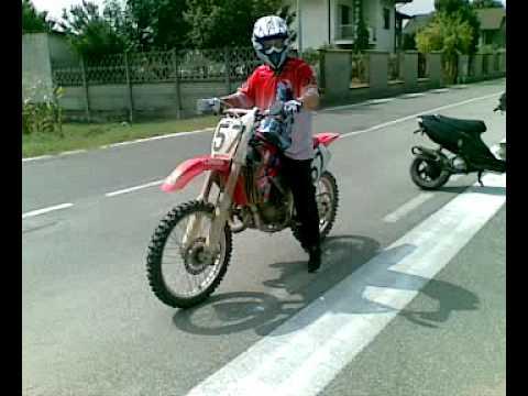 Cr125 5th Gear Wheelies Doovi