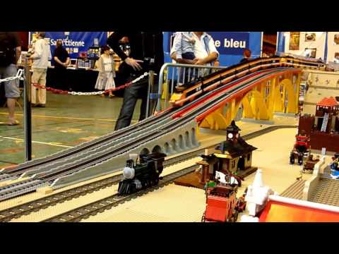 Lego train TGV 10233 – horizon express running – Model Rail 2014 – crash TGV