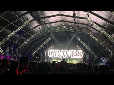 Graves x RL Grime - ID @ COUNTDOWN NYE 2018 (1080p)