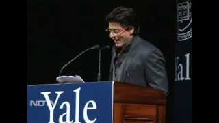 Shah Rukh Khan charms Yale crowd PART 1