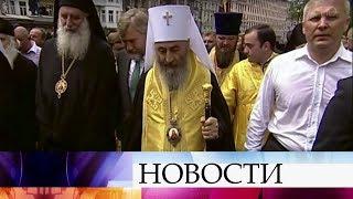 Константинопольский патриарх Варфоломей угрожает лишить поста митрополита Онуфрия.