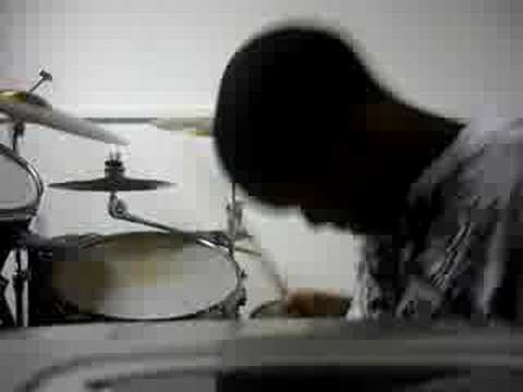 Willie-Tye Tribbett-So Amazing(drum Cover)
