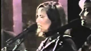 "Sheryl Crow, Levon Helm, Emmylou Harris - ""Evangeline"" (Live, 1996)"