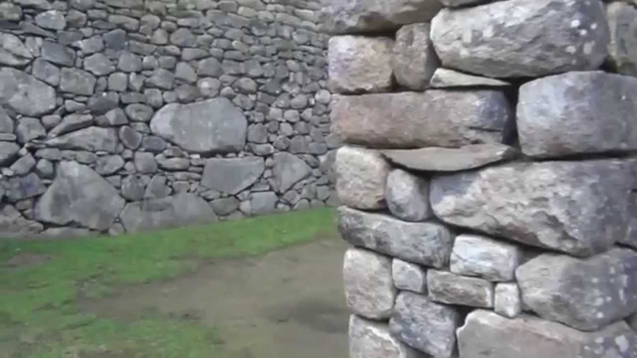 Paredes de piedras en machupicchu per youtube for Piedra barata para paredes