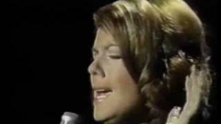 Vikki Carr - Sunday Morning Coming Down With Johnny