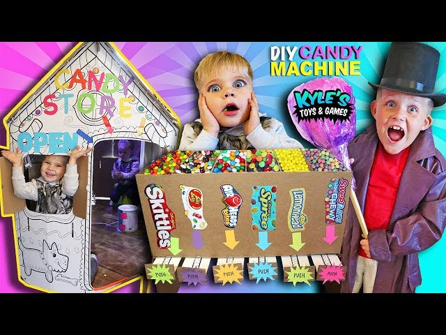 DIY Cardboard Candy Dispenser Vending Machine! CANDY STORE Box Fort! SKITTLES