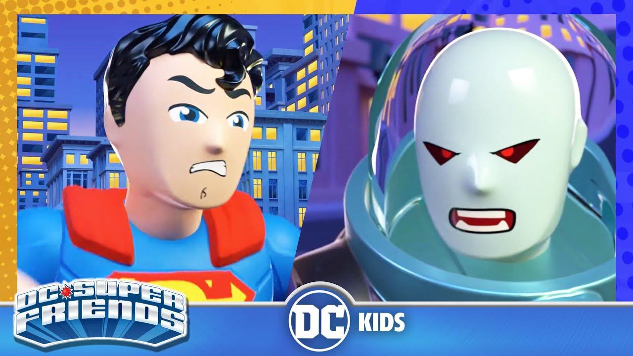 DC Super Friends En Latino | Ciudad Gótica™ totalmente congelada | DC Kids