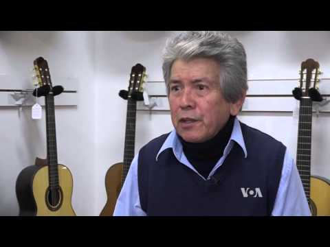 A New York Artist Behind the Flamenco Guitar