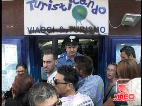 Napoli - Truffa agenzia del vomero (13.08.12)