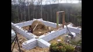 Дом из мешков с песком или землёй(В видео рассказана подробная информация о том какие стройматериалы и технологии используются в строительс..., 2016-06-14T02:19:41.000Z)