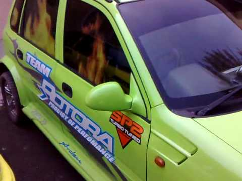 Maruthi zen modified funnydog tv for Maruti 800 decoration