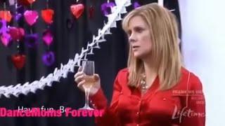 Dance Moms: (s02e08) Melissa's Engagement Party