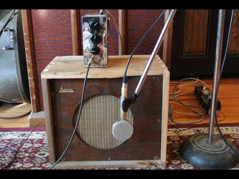 soaringtortoise 10 inch guitar speaker cabinet from recycled materials clean demo youtube. Black Bedroom Furniture Sets. Home Design Ideas