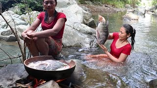 Catch a fish 2 kg in Water to Cook on Clay for Food - Cooking fish Soup for Eating delicious ep 07