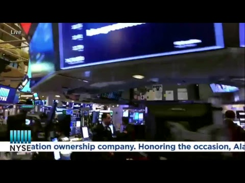 Bluegreen Vacations celebrates their recent IPO by ringing The NYSE Closing Bell
