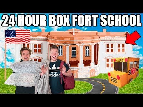 24 HOUR BOX FORT HIGH SCHOOL CHALLENGE!!  Robots, Cool dun & School Roleplay