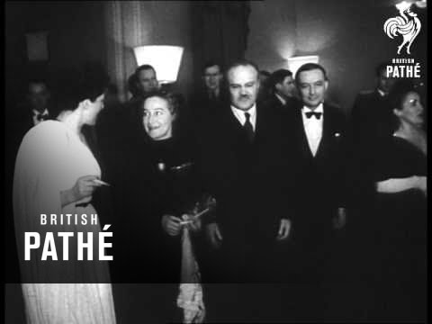 Molotov Reception For Delegates (1947)