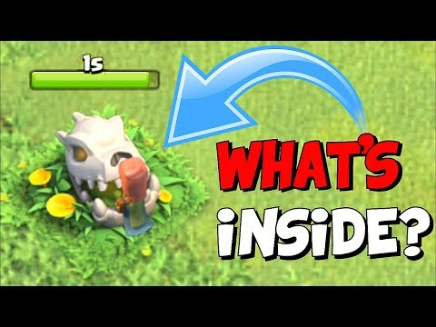WHAT IS THAT EVIL THING!?! | Clash of clans | NEW HALLOWEEN UPDATE!!