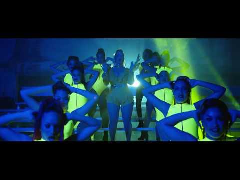 Miriam Cruz ft La Insuperable (Sola) Dir By freddyghp 4K ultra HD