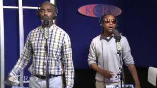 "Myron and E performing ""I Can"