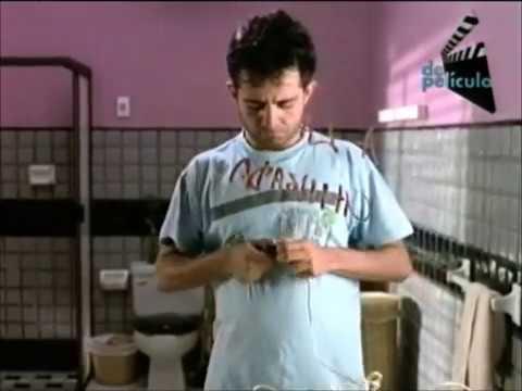 Intimidades en un cuarto de baño  2 de 2: