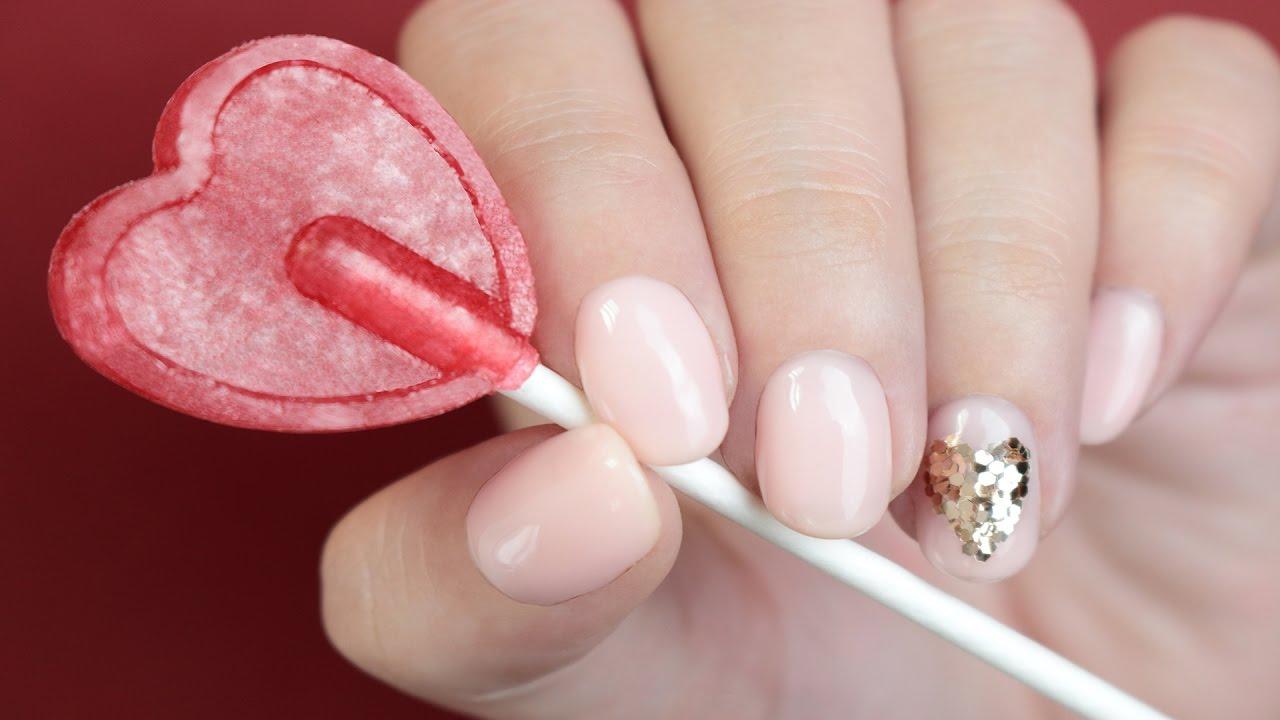 Diseño De Uñas Con Esmalte Semipermanente 4ever Corazón Con Glitter