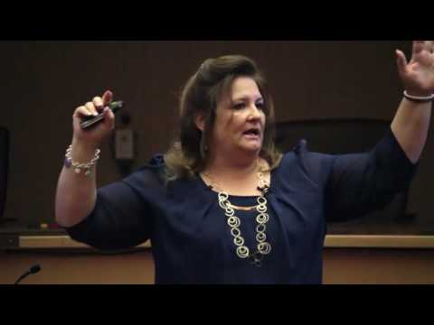 Julie Brain Lady Anderson Presents to Job Seekers in Norther California