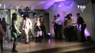 12a - Van McCoy - The Hustle