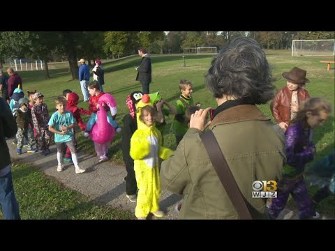 Rodgers Forge Elementary School Treats The Neighborhood To A Halloween Parade
