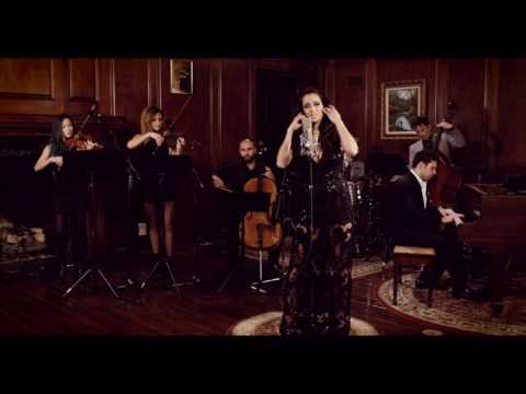 Como La Flor - Postmodern Jukebox ft. Mayre Martinez-  Vintage Selena Tribute