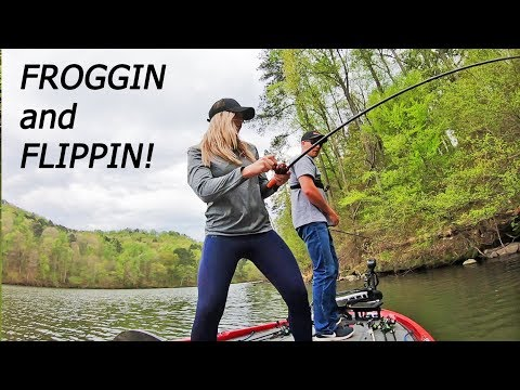 FROG FISHING And FLIPPIN For Lake Guntersville Bass! (HEATING UP)