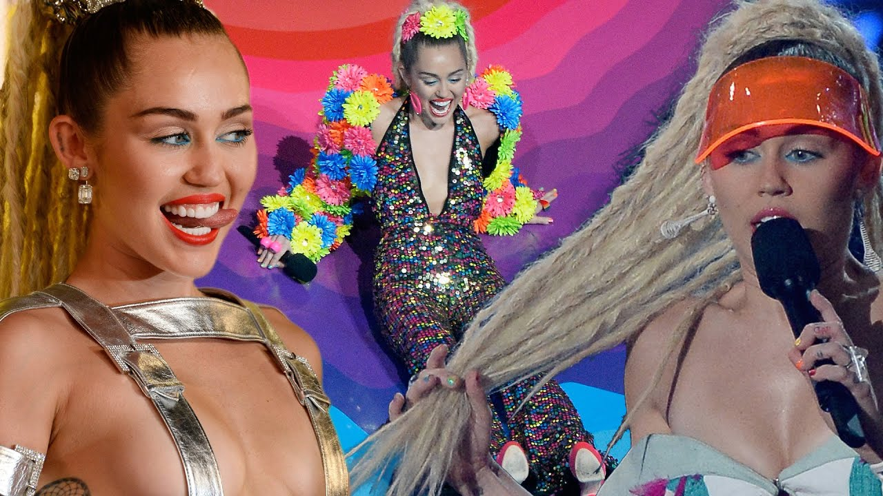 8. Miley Cyrus naked (63 photo), Tits, Cleavage, Instagram, cleavage 2015